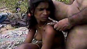 देसी जंगल में मंगल हॉट चुदाई