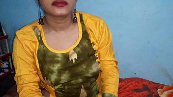 माँ और बेटा घर पर भारतीय सेक्स