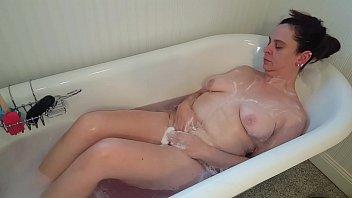 स्नान में देसी संभोग